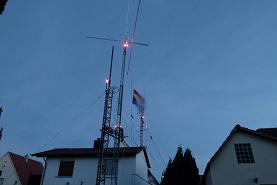 EmComm Center HF/VHF/UHF/SHF-Antennas at Night