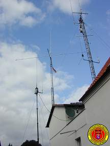 HF/VHF/UHF-Antennas on Portable 6m Geroh Tower